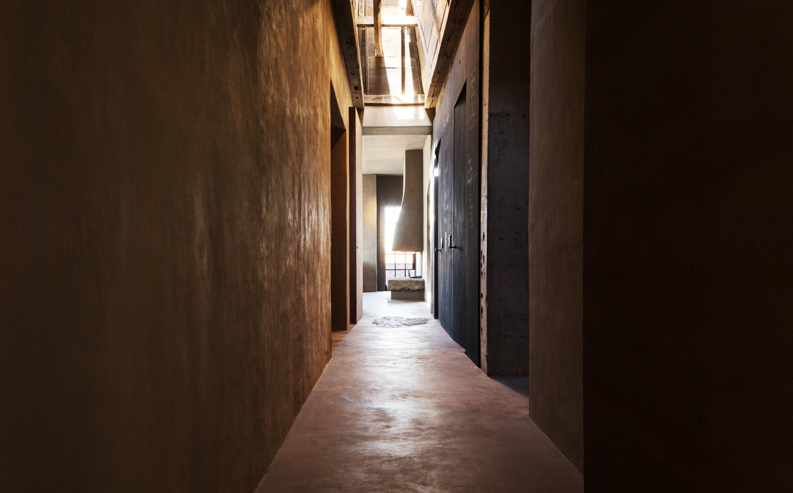 Detail of the main hallway in the Tribeca Penthouse